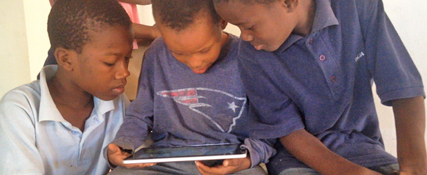 Using technology_for_education_in_Haiti3